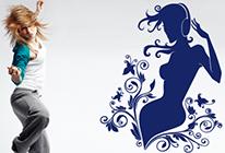 Dívka se sluchátky 03 - SLEVA 40 %