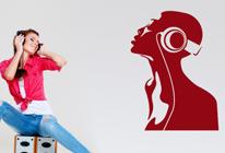 Samolepka na zeď - Dívka se sluchátky 01